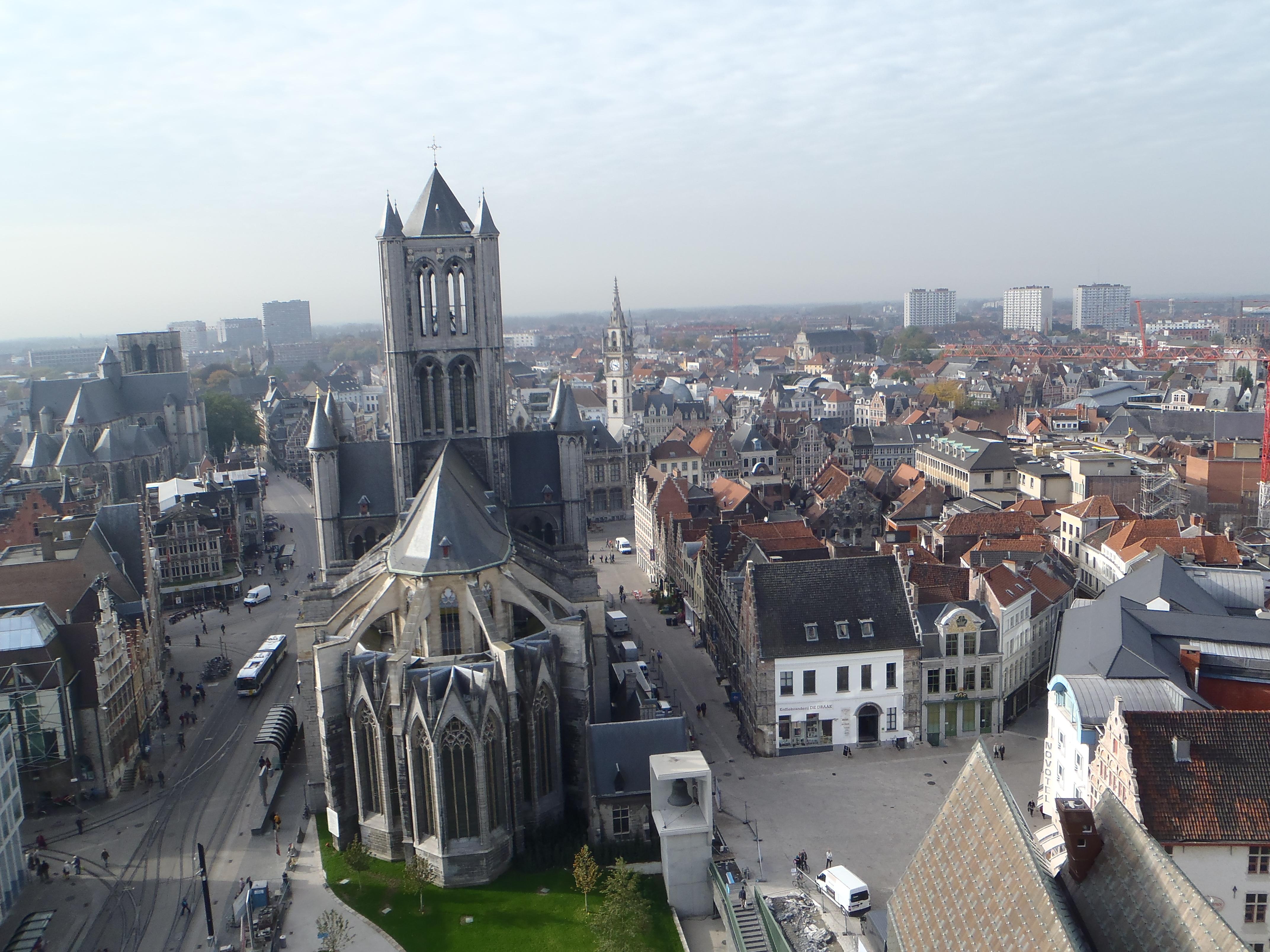 St-Niklaaskerk, vistas desde Torre Belfort