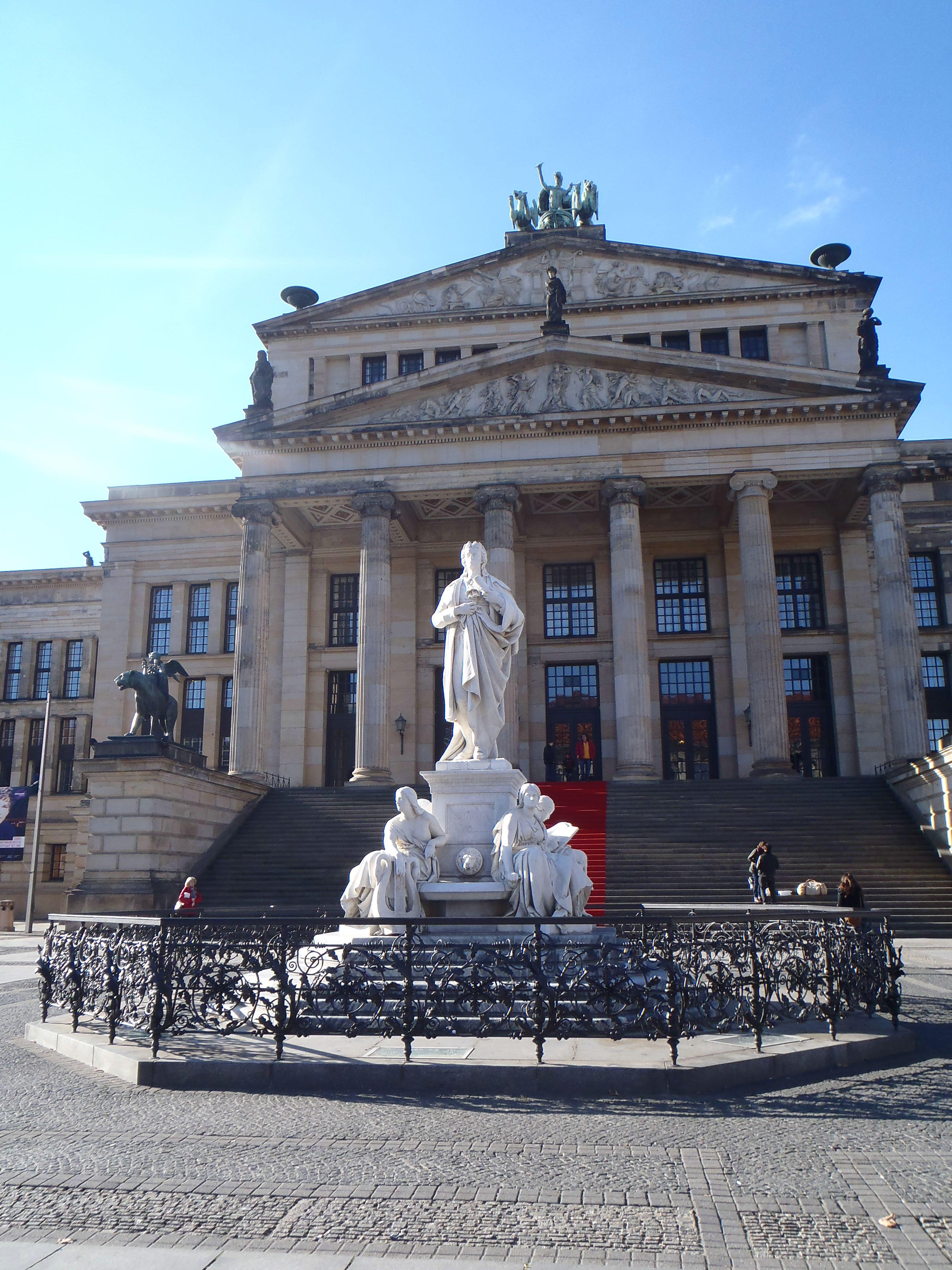 Plaza Gendarmenmarkt - Konzerthaus
