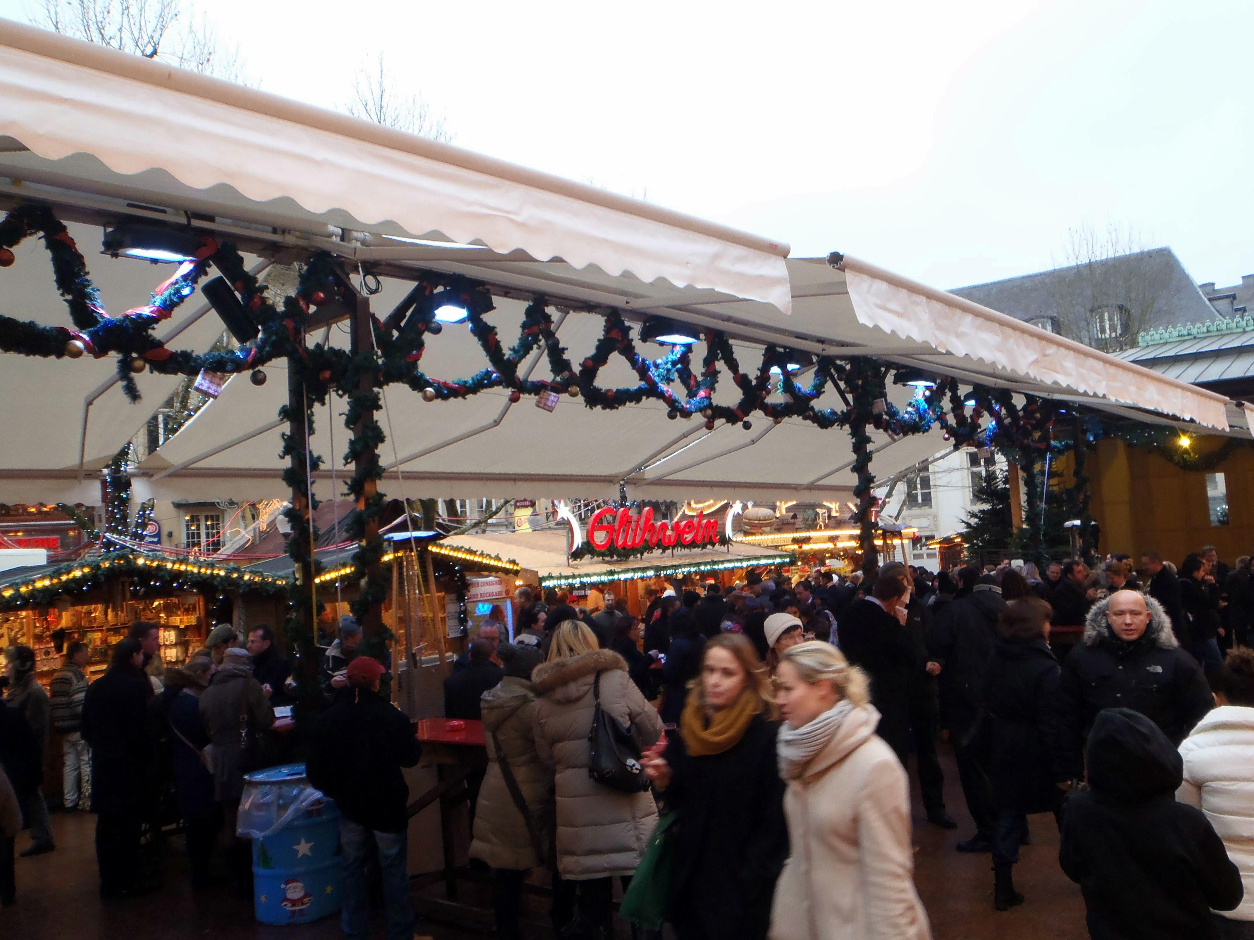 mercado de navidad Place D'armes