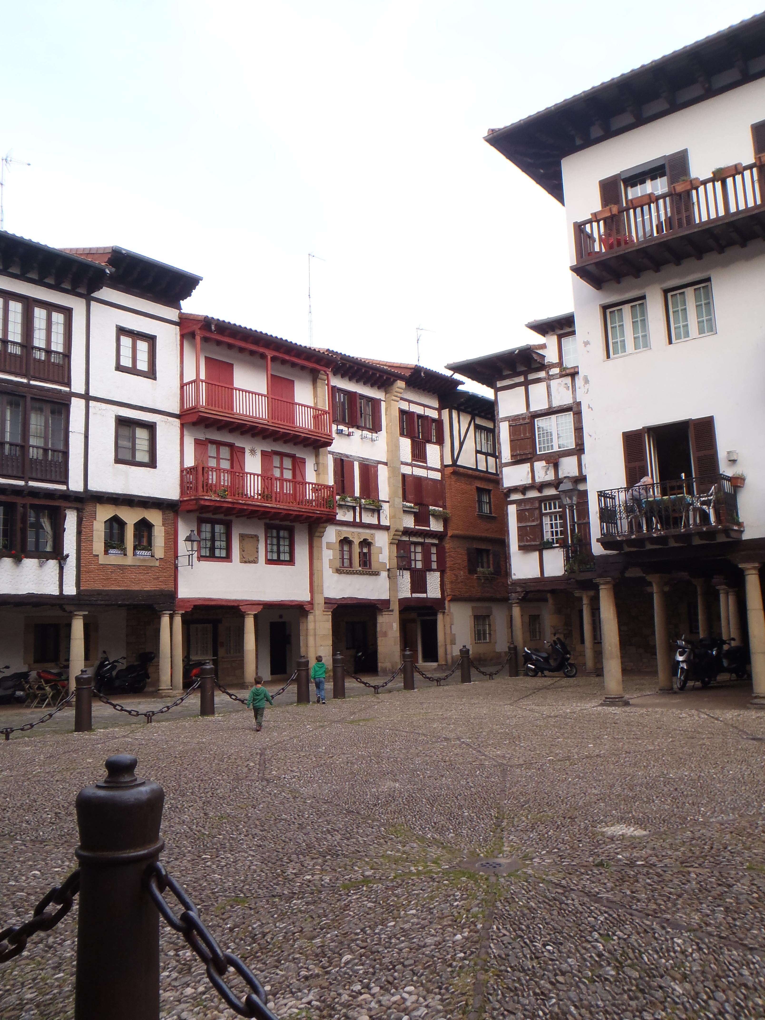 Plaza Gipuzkoa, casco antiguo